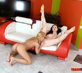 Nikky Thorne - Fisting Session with Nikky and Tina 9