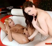 Nikky Thorne - Fisting Session with Nikky and Tina 19