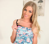 Lolly Gartner - Licking Lolly - Mike's Apartment 4