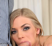 Lolly Gartner - Licking Lolly - Mike's Apartment 8