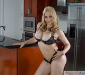 Sarah Vandella - My Wife's Hot Friend 6