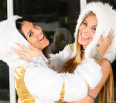 Bonnie Rotten and Jillian Janson - On Her Rottenness's Order 28