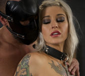 Bonnie Rotten and Kleio Valentien - Down Here If You Dare 17