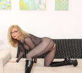 Nina Hartley - Spring, Time to Plant This Flower 10