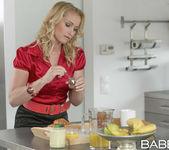 Breakfast In Bed - Gina Gerson, Kathia Nobili, Leny Ewil 5