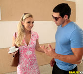 Laura Bentley - Tea For Two - MILF Hunter 4