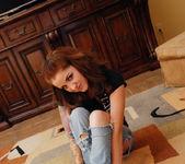 Jeska Vardinski - Ripped Jeans - SpunkyAngels 2