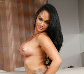 Sarana Kamo - Juicy Thickness - Mike In Brazil 4
