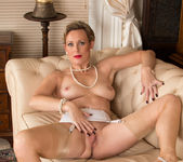 Mrs Huntingdon Smythe - Bit Of Naughty Fun 14