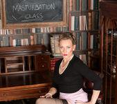 Mrs Huntingdon Smythe - Masturbation Class 3