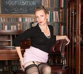 Mrs Huntingdon Smythe - Masturbation Class 5