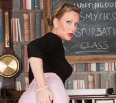 Mrs Huntingdon Smythe - Masturbation Class 6
