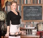 Mrs Huntingdon Smythe - Masturbation Class 7