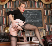 Mrs Huntingdon Smythe - Masturbation Class 11