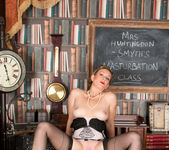 Mrs Huntingdon Smythe - Masturbation Class 19