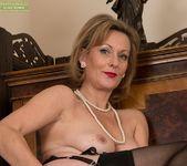 Huntingdon Smyth - Karup's Older Women 22