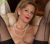 Huntingdon Smyth - Karup's Older Women 23