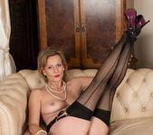 Huntingdon Smyth - Karup's Older Women 25