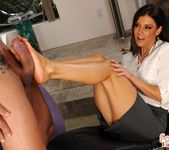 India Summer - My therapy is sex - Foot Job Fiesta 17