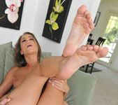 Presley Hart - Got the mood for some foot! - Foot Job Fiesta 20