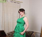 Sadie Jones - Karup's Older Women 3