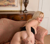 Sophie May - Sexy Blonde - Anilos 20