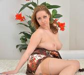 Daria Glower - Bouncy Tits 11