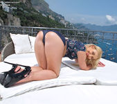 Tracy Delicious - InTheCrack 5