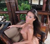 Kalina Ryu - InTheCrack 13