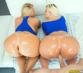 Karen Fisher, Julie Cash - Super Duper - Monster Curves 8