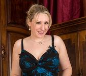 Mel Harper - Meet Naughty Mel 4