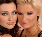 Florencia & Kassey Krystal 3