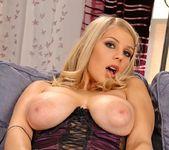 Barbara & Vika - DDF Busty 8
