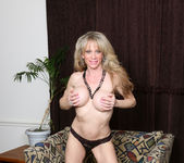 Elizabeth Green - Dirty Blonde MILF with nice tits 12