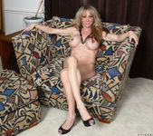 Elizabeth Green - Dirty Blonde MILF with nice tits 16