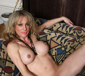 Elizabeth Green - Dirty Blonde MILF with nice tits 18