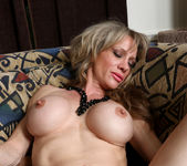 Elizabeth Green - Dirty Blonde MILF with nice tits 21
