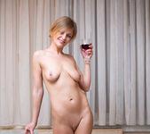 Suzana - Fine Wine - Anilos 18