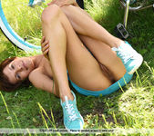 Busy Bee - Susi R. - Femjoy 14