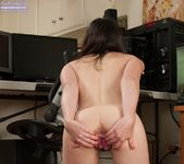 Amy Faye hairy pussy PC Gamer 11