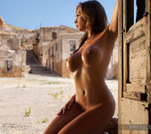 Kirstin - In The Ghost Town - PhotoDromm 10