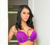 Peta Jensen - Tonight's Girlfriend 4