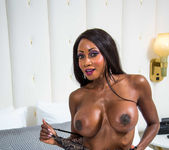 Diamond Jackson - Tonight's Girlfriend 5