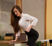 Veronica Vain - Naughty Office 2