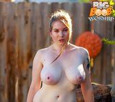 Wanna Play with Them? - Valexa - Big Boob Worship 5