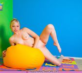 Lick Your Lollipop - Amanda - Happy Naked Teen Girls 13