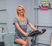 Beginner Workout - Juliana - Naked Gym Girls 2