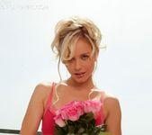 Kara Duhe - Roses 10