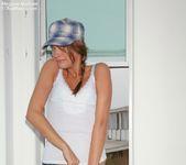 Meggan Mallone - Hat 6