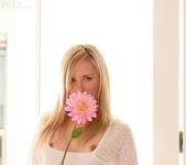 Kara Duhe - White Flower 5